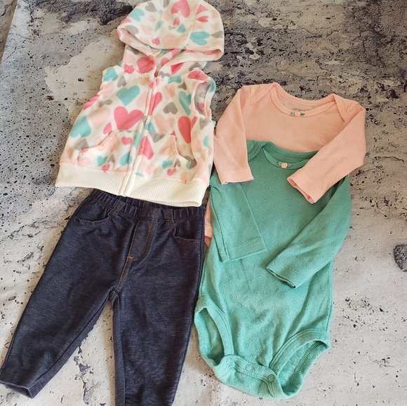 Carter's Other - Carter's. Girls 4pc Longsleeve Outfit Bundle